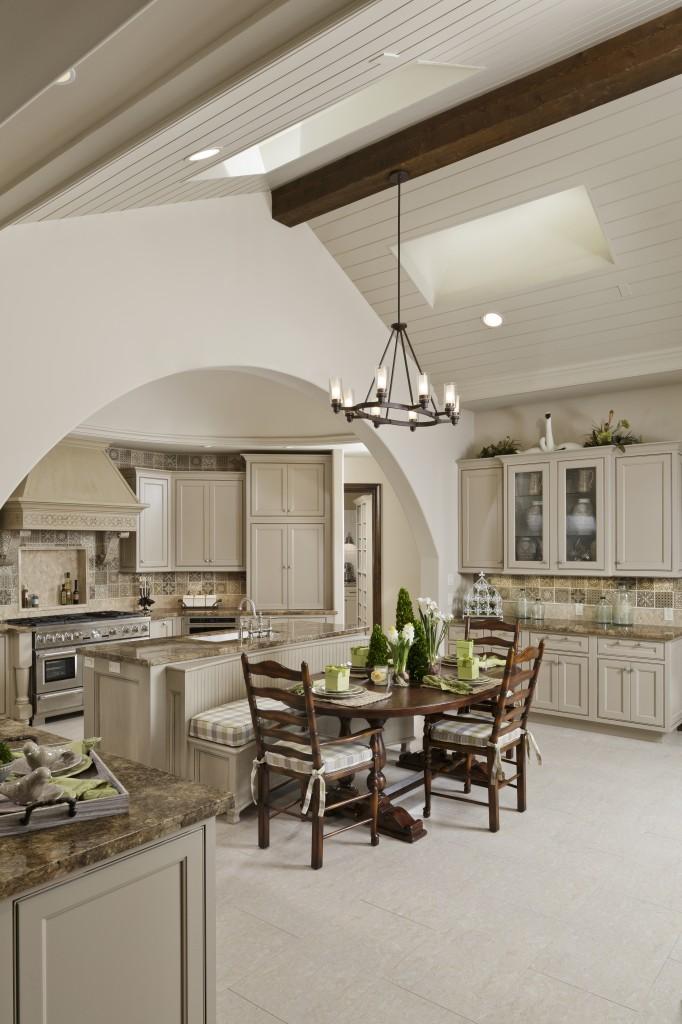 18602_N_Frio_River_kitchen_02 copy