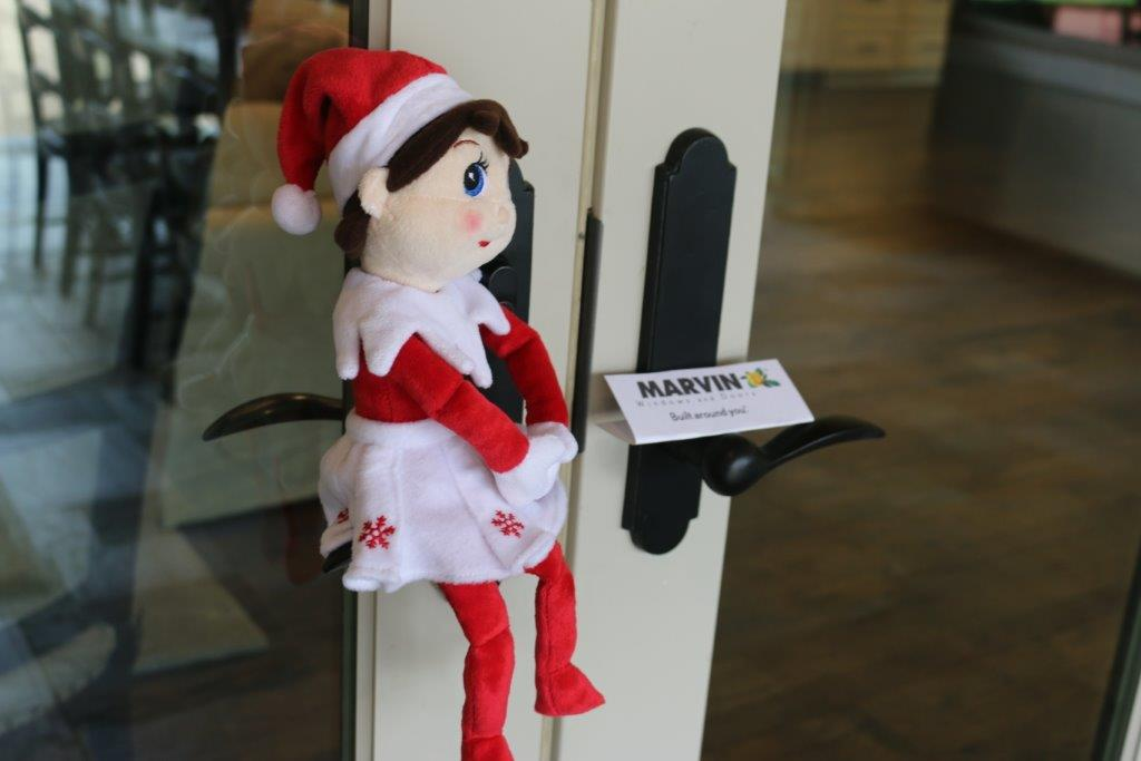Elf on the Shelf, Marvin Windows