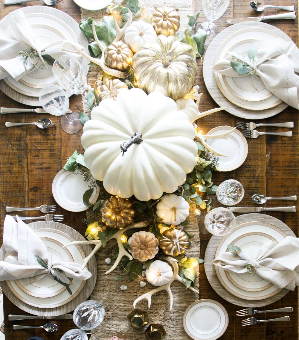 Living with Landy- Thanksgiving Table